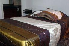 Alquilo habitación por semanas, días o horas en Salou (Tarragona) en muy buena zona piso ámplio con ...