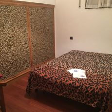 Se alquila habitacion ideal para escorts , piso totalmente equipado con todo lo necesario para traba...