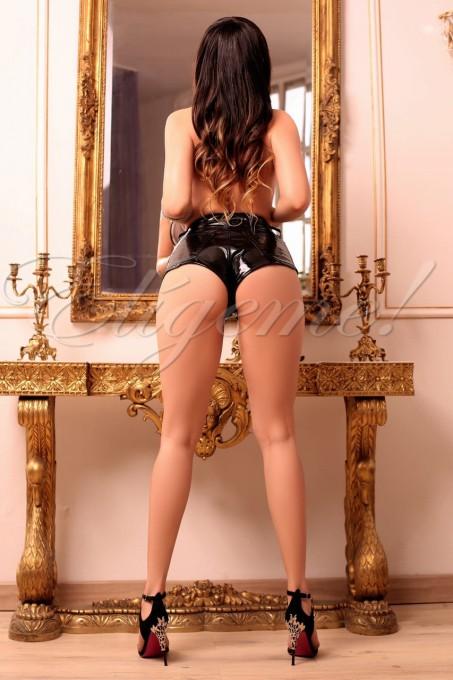691674080 - mujer Latina apasionada y ardiente que, divertida y entregada,  - milescorts.es